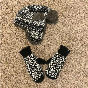Snowflake Hat and mittens set